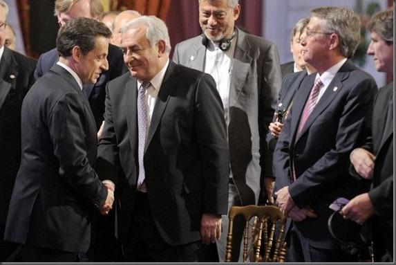 302970_nicolas-sarkozy-g-president-de-la-republique-francaise-et-dominique-strauss-kahn-d-alors-president-du-fmi-lors-du-g20-le-18-fevrier-2011-a-l-elysee-a-paris