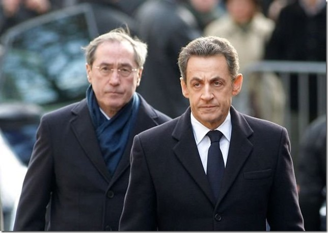 261856_le-president-nicolas-sarkozy-et-le-ministre-de-l-interieur-claude-gueant-le-15-decembre-2011-a-bourges